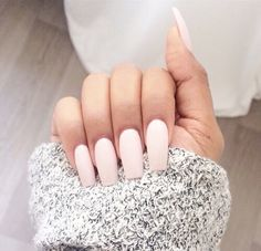 Image via We Heart It https://weheartit.com/entry/148597327/via/18000982 #fashion #grey #long #love #makeup #nails #pink #sweater #white
