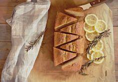 Bizcocho de limón y tomillo
