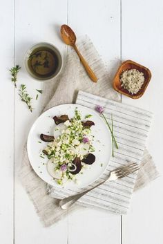 Raw cauliflower salad /