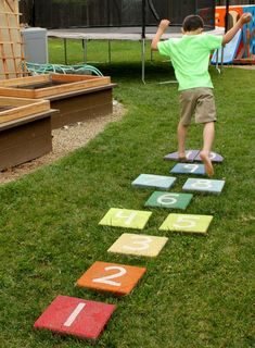These Fabulous and Fun Summer Lawn Activities with make your yard the envy of the neighborhood! Easy DIY yard games and backyard party ideas are featured. Diy Outdoor Toys, Outdoor Toys For Kids, Outdoor Activities For Kids, Outdoor Games, Outdoor Play, Backyard Play Spaces, Backyard Playground, Backyard For Kids, Backyard Games