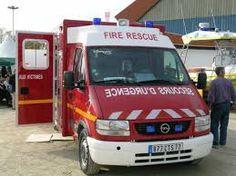 """Résultat de recherche d'images pour """"ambulance allemande"""" Ems Ambulance, Images, Trucks, French, Photos, Search, Pictures, French People, Truck"""