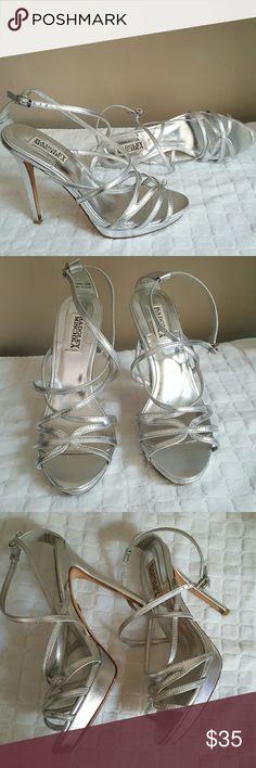 BADGLEY MISCHKA Silver Heels😍 sz 7 Simply Gorgeous dress heels by BADGLEY MISCHKA in great condition. Badgley Mischka Shoes Platforms