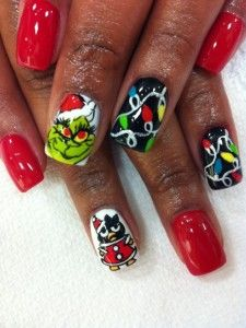 Nail Art Designs for Christmas for me a dn my girls, chelsea, ngore, nia nalani;;;love them ds