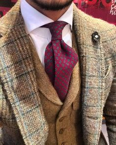 Lardini tweed jacket and shibumi wool tie ~ Ralph Lauren Sharp Dressed Man, Well Dressed Men, Mode Masculine, Suit Fashion, Mens Fashion, Fasion, Fall Fashion, Fashion Hair, Style Masculin