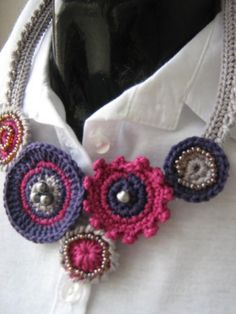 CROCHET NECKLACE  CIRCLE