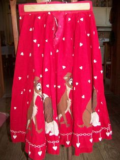 Vintage 1950s Red Lady and the Tramp Panel Skirt Novelty Border Print