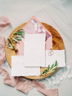 Berry + Pink Southern Wedding Inspiration at McAlister-Leftwich House Wedding Invitations With Pictures, Country Wedding Invitations, Wedding Stationery, Wedding Venues Toronto, Inexpensive Wedding Venues, Best Wedding Websites, Wedding Budget Breakdown, Southern Wedding Inspiration, Wedding Cake Fresh Flowers