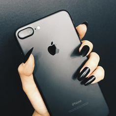 ゲット❤️ #iphone7plus 버버리 네일 폴리쉬 - 포피 블랙 NO.299 미샤 루시드 네일 케어 - 소프트 매트 탑 코트 Burberry nail polish - Poppy black NO.299 Missha Lucid nail care - Soft matt top coat