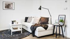 Rekonstrukce bytu v Brně na ulici Komprdova. Inspirace pro vybavení a dekoraci obývacího pokoje. #homedesign #livingroom #decoration #homedecoration Couch, Throw Pillows, Furniture, Home Decor, Settee, Toss Pillows, Decoration Home, Sofa, Cushions
