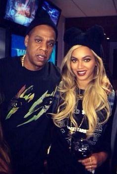 Beyoncé & Jay Super Bowl 2. .2.14