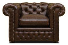 Кресло в стиле Честер. Обивка полностью в натуральной итальянской коже Old Tobacco. Каркас из массива дерева хвойных пород, декорирован гвоздями бронза-ренессанс, подушка оформлена кантом. Размеры, (ДхГхВ), см: 120х100х78