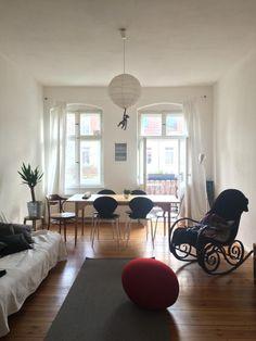 Wohn /Esszimmer Mit Großen Fenstern In Berliner Altbau #berlin #altbau # Esszimmer