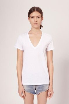 A timeless V-neck tee with a relaxed fit. Easy to wear with denim and sneakers or style under suiting for a modern look100% Pima cotton slub jerseyClassic bias rib binding at neckSignature railroad stitch detailing throughout