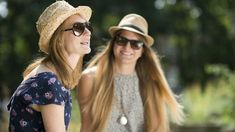 Ways to enjoy the sun safely | Cancer Research UK