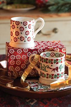 Packaged in their own beautifully decorated box, these Christmas Joy and Joy Star mugs will be a welcome find under any tree.