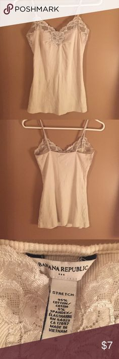 Tanktop Lace edge tank top Banana Republic Tops Camisoles