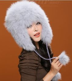 124.64$  Buy now - http://alif09.worldwells.pw/go.php?t=1375231422 - New arrival Genuine Fox fur cap,women autumn winter  warm cap,white  Earflap with ball.knit fur trapper hat