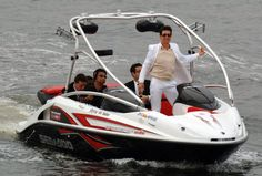 Pin for Later: Set Sail With Over 50 Celebrity Boating Pictures!  Tom Cruise took a boat right up to the Mission: Impossible III Tokyo premiere in June 2006.