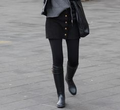 Burberry, Wellies Rain Boots, Black And Grey, Gray, Tall Boots, Beautiful Outfits, Riding Boots, Womens Fashion, Beauty