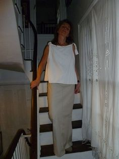 N45.1:) SHIFT. top.short. A line. white.shoulder  ties. double layered linen mix.HALL-HARRIS designed and handmade.