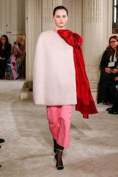 Valentino | Haute Couture - Primavera 2018 | Mira 1