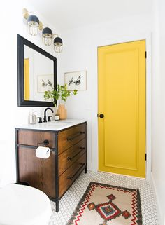 Mandi Gubler of Vintage Revivals gives a bathroom a beautiful makeover using Delta UPstile and other Delta products available at The Home Depot. Bad Inspiration, Bathroom Inspiration, Bathroom Ideas, 36 Bathroom Vanity, Bathroom Updates, Bathroom Showers, Bathroom Designs, Master Bathroom, Shower Ideas