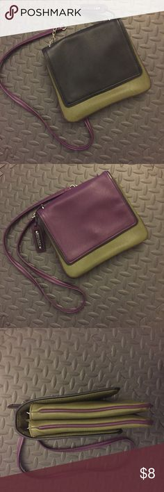 Kenneth Cole Reaction Cross-body Fall Bag Great reversible autumn bag. Jewel-tone colors. Light wear on a few corners/edges, but in very good condition. Reaction Kenneth Cole Bags Crossbody Bags
