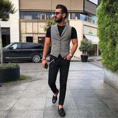 "775 Likes, 25 Comments - Melik KAM® (@melikkam) on Instagram: ""One of my favorite combination. Black & Grey ⚔#melikkam"""