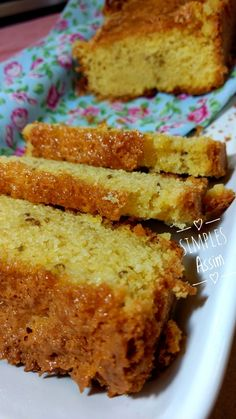 Bolo de Fubá com Leite de Coco - Quinta Sem Glúten - Receitas Curtidas - Sweet Desserts, Sweet Recipes, Lactose Free Recipes, Milk Recipes, Cake Recipes, Healthy Recipes, Piece Of Cakes, Cooking Time, Cupcake Cakes