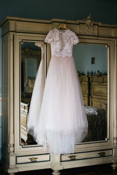 Whether you're a history buff, art lover or fan of vintage, be inspired by this artistic wedding shoot inspired by all things Monet, by Ludovica & Valerio Photography. Wedding Shoot, Wedding Suits, Chic Wedding, Wedding Gowns, Bridal Veils, Wedding Table, Wedding Blog, Dream Wedding, Parisian Wedding
