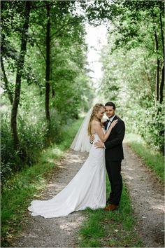melissa mills photography wedding portraits #belgium #contemporarywedding  #weddingchicks http://www.weddingchicks.com/2014/01/03/contemporary-wedding/