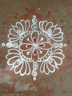 Indian Rangoli Designs, Rangoli Designs Latest, Latest Rangoli, Simple Rangoli Designs Images, Rangoli Designs Flower, Rangoli Border Designs, Rangoli Designs With Dots, Flower Rangoli, Beautiful Rangoli Designs