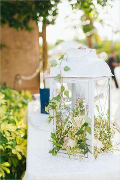 Lantern reception decor @weddingchicks