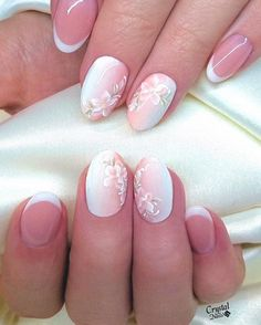 In order to provide some inspirations for your winter nail art designs, we have specially collected 72 winter nails red colors for your short nail designs. I hope you can find a satisfactory style from them. Cute Nails, Pretty Nails, Heavenly Nails, Bride Nails, Floral Nail Art, Wedding Nails Design, Short Nails Art, Crystal Nails, Dream Nails