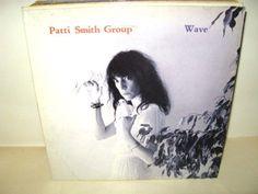 PATTI SMITH GROUP -  Wave *Arista  79 1C064-62516* LP