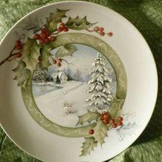 I love using pretty plates like this at Christmas time! Christmas China, Christmas Dishes, Noel Christmas, Country Christmas, Christmas Themes, Vintage Christmas, Christmas Crafts, Christmas Decorations, Christmas Ornaments