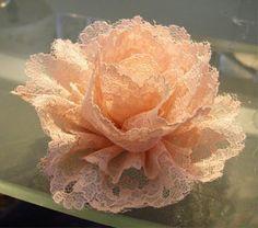 Missie Krissie: Tutorial: how to make vintage lace flowers..@ http://missiekrissie.blogspot.com/2009/04/tutorial-how-to-make-vintage-lace.html.