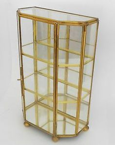 VNTG Brass Glass Mirror table-top/wall CURIO Case Display shelves china Cabinet in Collectibles, Decorative Collectibles, Miniatures Glass Shelves, Display Shelves, Display Ideas, Small Curio Cabinet, Curio Cabinets, China Cabinets, Glass Display Case, Behind The Glass, Brass Mirror