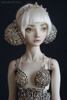 These articulated ball joint porcelain dolls by Marina Bychkova are insane. #design #art