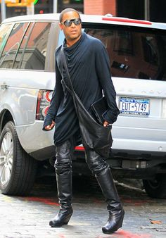High Boots - The Knee High Boots For Men Are Back - Men Style Fashion  There are only one person who can handle this look & sexy! lenny kravitz