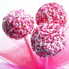 Cake pops... a new delicious challenge ;)