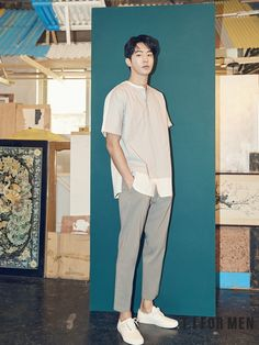 Nam Joo Hyuk was chosen as the model for T. For Men, showing pieces of their 2017 S/S Collection. Korean Fashion Trends, Kpop Fashion, Asian Men Fashion, Outfits Hombre, Boy Outfits, Korean Men, Korean Actors, Park Bogum, Nam Joohyuk