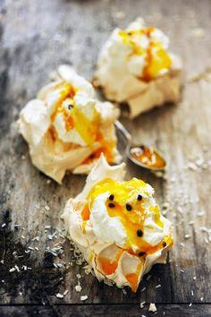 Mais pourquoi est-ce que je vous raconte ça... Dorian cuisine.com: Une pavlova c'est bien, deux pavlovas c'est… Pavlova exotique et passionnée !