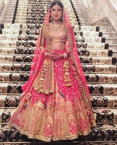 Get the new collection of lehenga chunni online. Enhance your beauty with the latest collection of lehenga choli, lehenga chunni designs, images online. Pink Bridal Lehenga, Indian Bridal Lehenga, Indian Bridal Outfits, Indian Bridal Fashion, Indian Bridal Wear, Indian Dresses, Bridal Dresses, Sabyasachi Dresses, Nikkah Dress