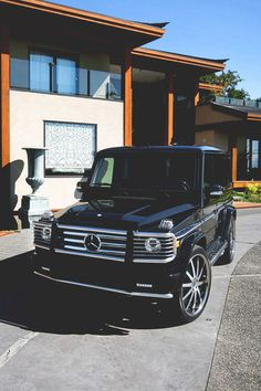 Not a Jeep but still in love. Makes me think of a luxury Jeep Mercedes G Wagon, Mercedes Benz G Class, Mercedes Jeep, My Dream Car, Dream Cars, Maserati, Bugatti, G 63 Amg, Nissan