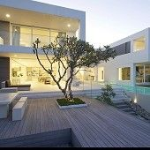 JOHN BURGESS ARCHITECTS - NOOSA HOUSE