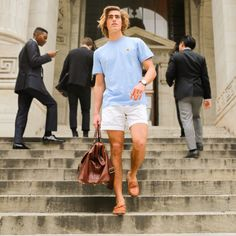 Mens Best Casual Wear: 40 Top Outfit Ideas for Summer Season Preppy Boys, Preppy Style, Frat Style, Trendy Summer Outfits, Preppy Outfits, Frat Outfits, Outfit Invierno, Preppy Mens Fashion, Men With Street Style