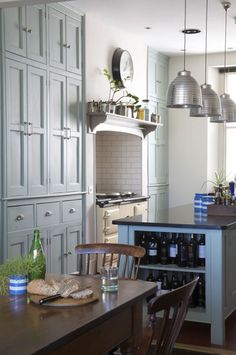 Modern Victorian Style Kitchen - high cabinets