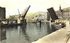 La Ria y el Ayuntamiento (barcos) Basque Country, Old Pictures, River, Architecture, Bridges, Roots, Travel Souvenirs, Lost City, Town Hall