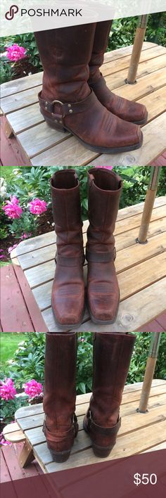 Women's Ariat 'engineering' boots Gorgeous Ariat boots, engineer style. Size 9. Only worn a few times and in beautiful condition. Slight wear on heel strap of right boot, see photo. Ariat Shoes Heeled Boots